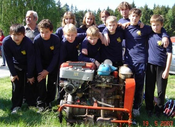 Začátky družstva mladých hasičů